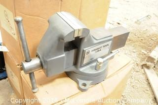 Wright Tool Machinist Vise with Swivel Base