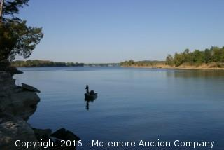 7.871± Acres with 700'± Frontage on the Tennessee River