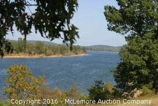 2.864 ± Acres with 327.5' ± Frontage on the Tennessee River